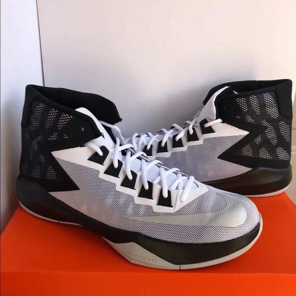 Nike Men Zoom Devosion Basketball Shoes